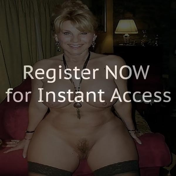 Nude lesbian sex party in Canada